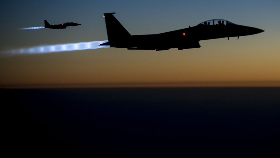 US fighter jets fly over northern Iraq after conducting air strikes in Syria.