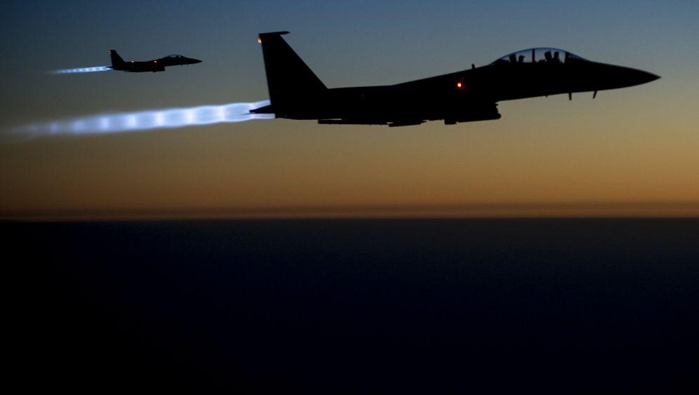 """Luftangriffe: Bomben auf den """"Islamischen Staat"""""""