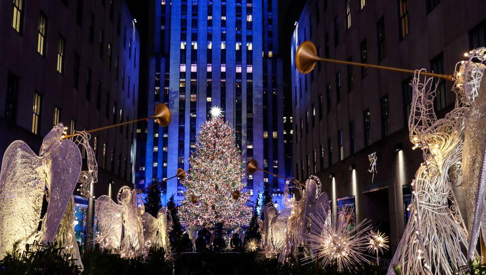 Weihnachtsbaum am Rockefeller Center: New York startet in Feiertagssaison