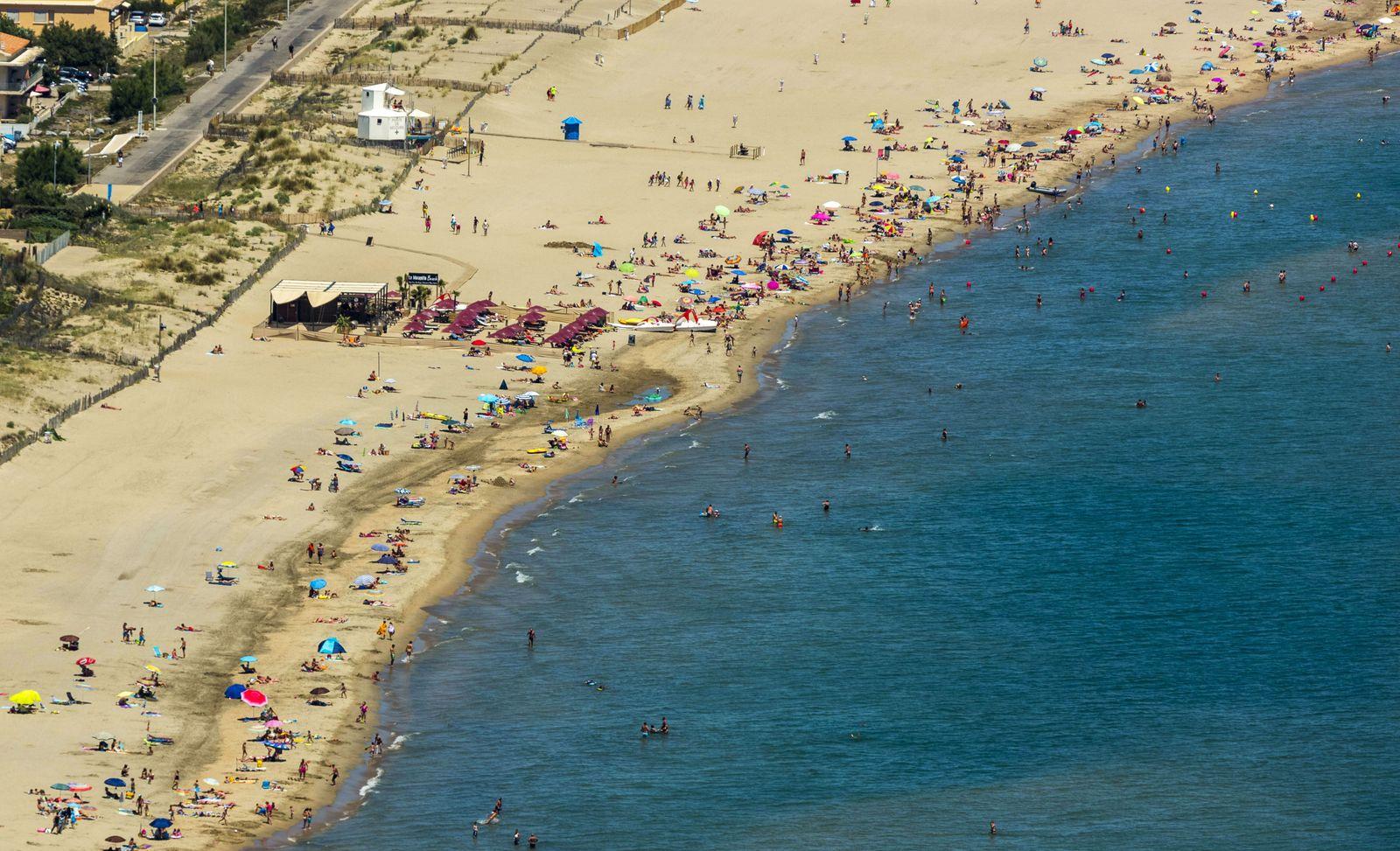 Strand von Cap d Agde Cap d Agde Nude Resort FKK Ferienanlage in Cap d agde Marseillan France L