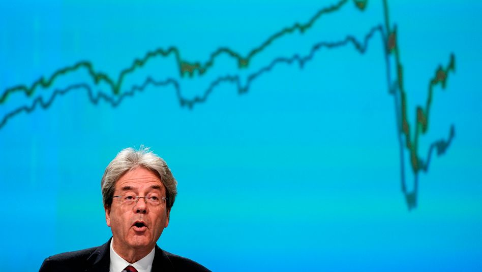 Spring forecasts: EU Commissioner for Economy Paolo Gentiloni spoke of a looming recession of historic proportions