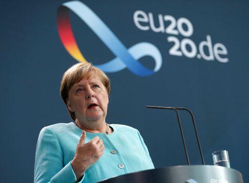 Angela Merkel nach dem EU-Sondergipfel zu Belarus