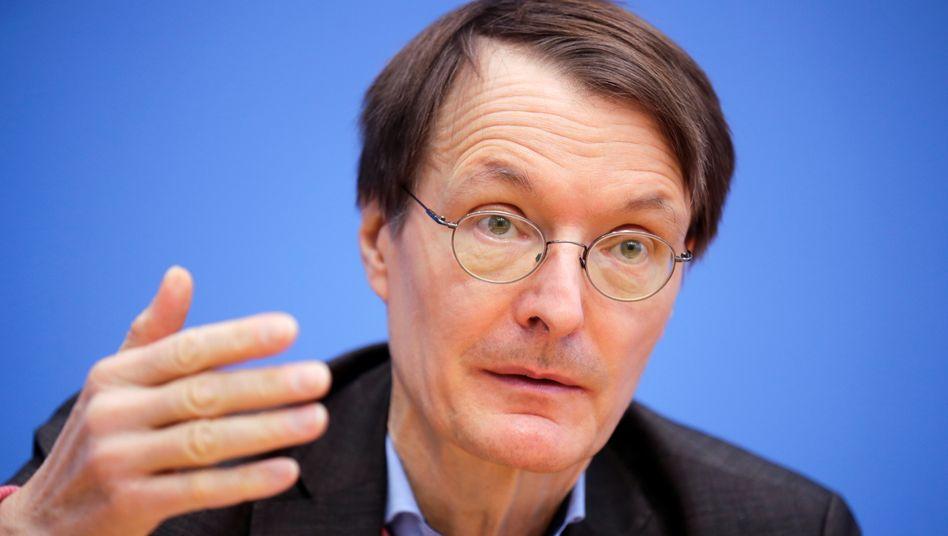 SPD-Gesundheitsexperte Lauterbach bekommt den Corona-Frust der Deutschen ab