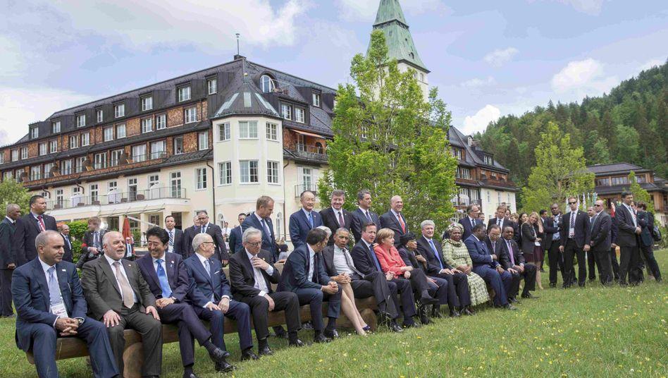 Kanzlerin Merkel (Bildmitte) und G7-Gäste beim offiziellen Fototermin: Ansehnliche Liste der Gemeinsamkeiten