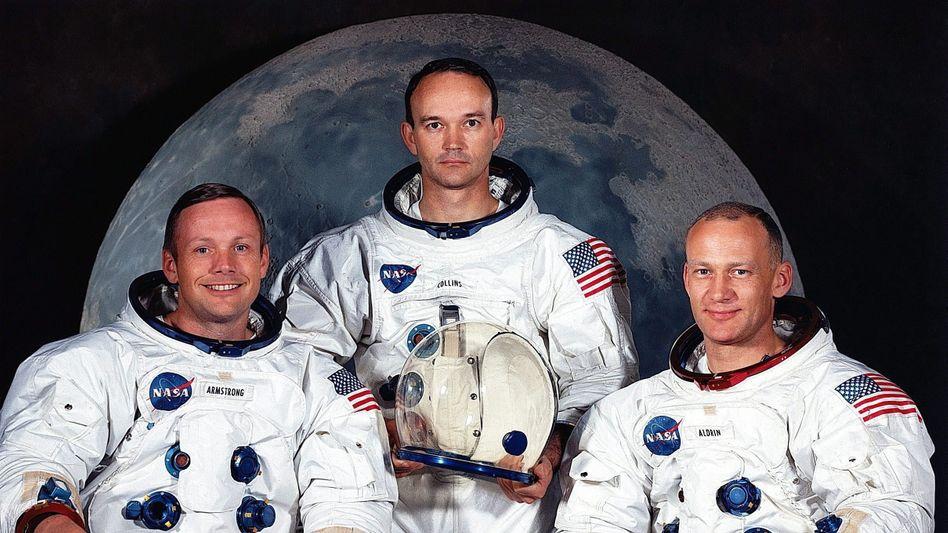 Michael Collins (M.) ist tot: Mit Neil Armstrong (l.) und Buzz Aldrin (r.) gehörte er zum Team von Apollo 11