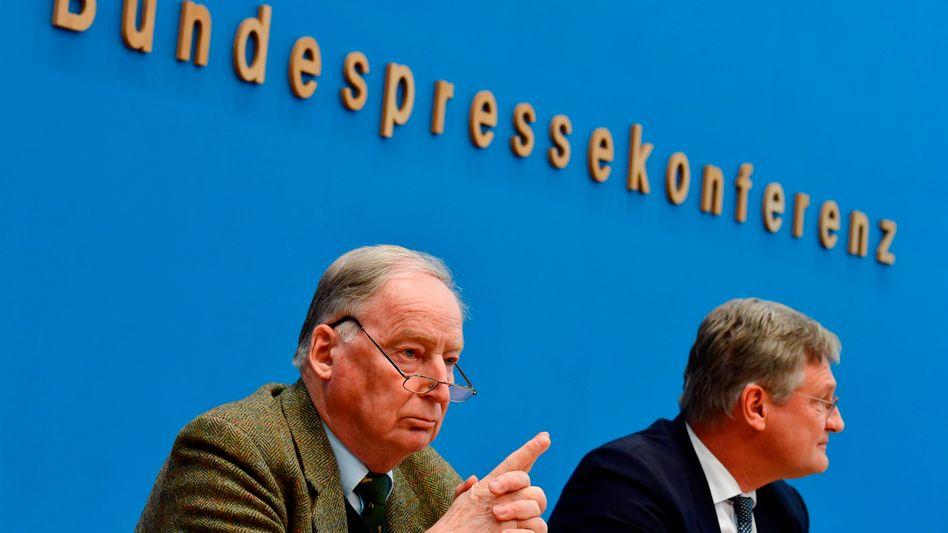 AfD-Politiker Alexander Gauland und Jörg Meuthen (im Jahr 2018): Streit über die Ausrichtung der Partei