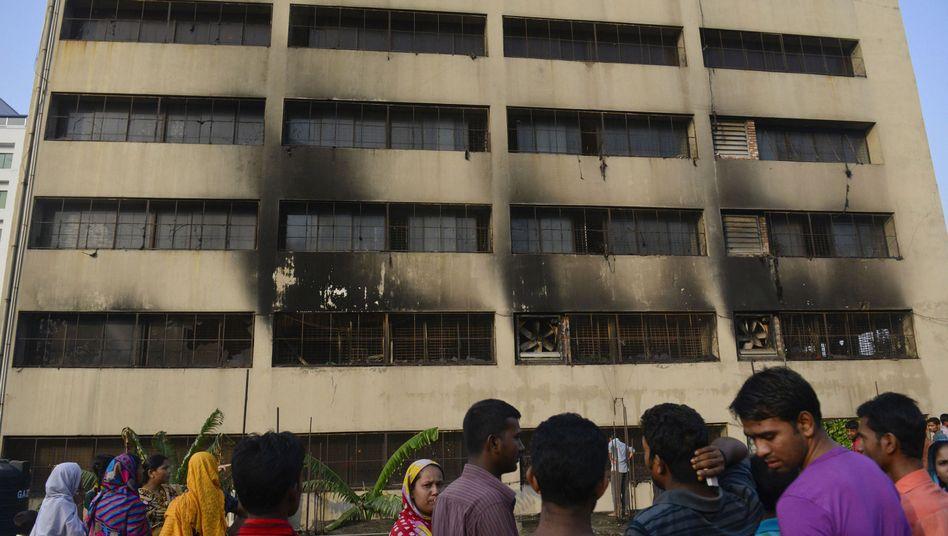 Unglück in Bangladesch: Tote bei Brand in Textilfabrik