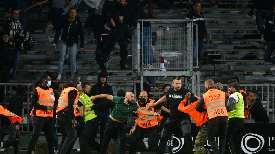 Ausschreitungen auch beim Spiel von Marseille in Angers