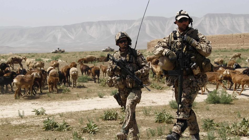Bundeswehrsoldaten in Nord-Afghanistan: Festnehmen statt töten