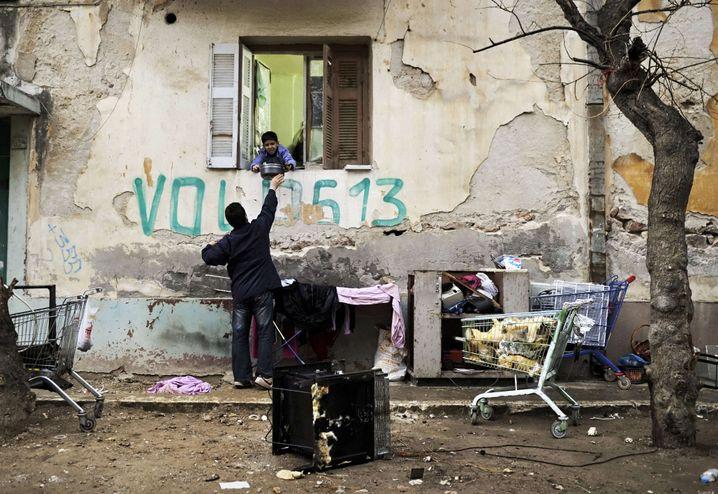 Flüchtlinge in Athen: Mangelhaftes und menschenunwürdiges System