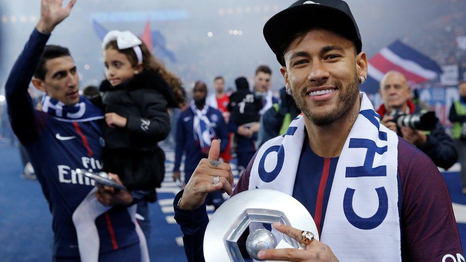 Neymar (r.), Meister mit PSG