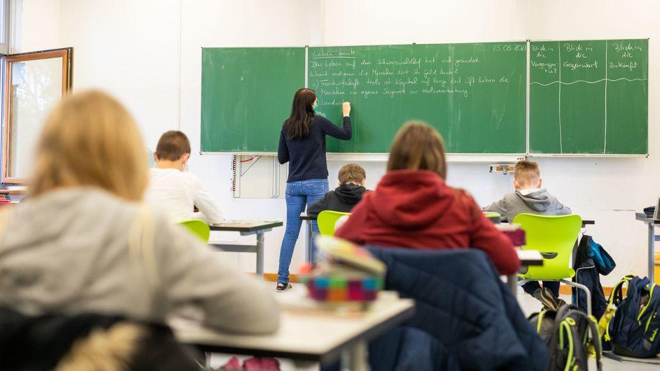 Volles Klassenzimmer: So könnte es bald samstags an einer Berliner Schule aussehen (Symbolbild)