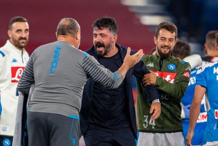 """2018 wechselte Younes nach Neapel. Dort trainiert ihn heute der frühere Milan-Mittelfeldspieler Gennaro Gattuso (Mitte): """"Seine große Stärke ist seine Emotionalität"""""""