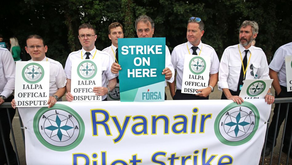 Streikende Ryanair-Piloten in Dublin