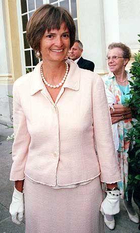 Fürstin Gloria: Erst schimpfen, dann streichen