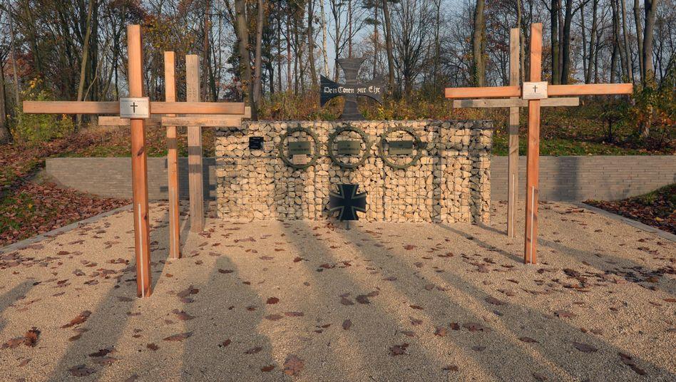 Gelände des Einsatzführungskommandos der Bundeswehr bei Potsdam: Ein Ehrenhain der Gedenkstätte