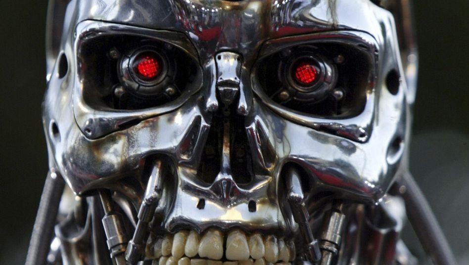 """Ein Roboter aus """"Terminator 3: Rise of the Machines"""": Gefahr für Google?"""