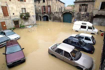 Überschwemmte Straßen von Sommieres: In einer Nacht so viel Regen wie sonst in sechs Monaten