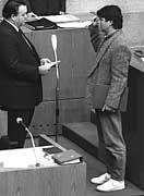 Umweltminister Fischer (bei seiner Vereidigung im hessischen Landtag 1985)