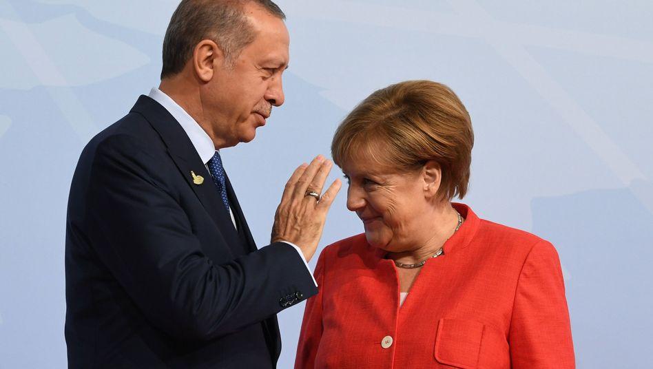 Recep Tayyip Erdogan, Angela Merkel