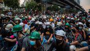 Demonstranten in Thailand appellieren an deutsche Botschaft