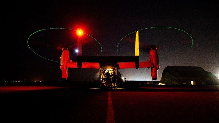 Ein US-Helikopter, der für den Einsatz in Bagdad bereit steht