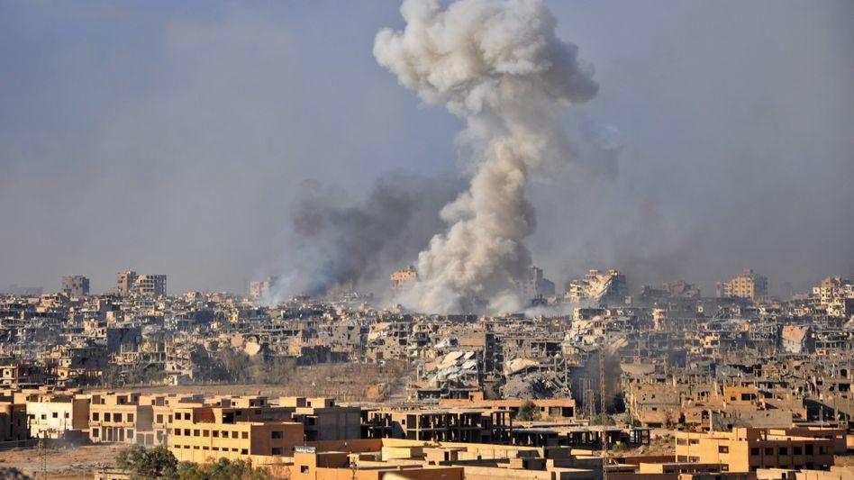 Luftangriff auf den IS 2017