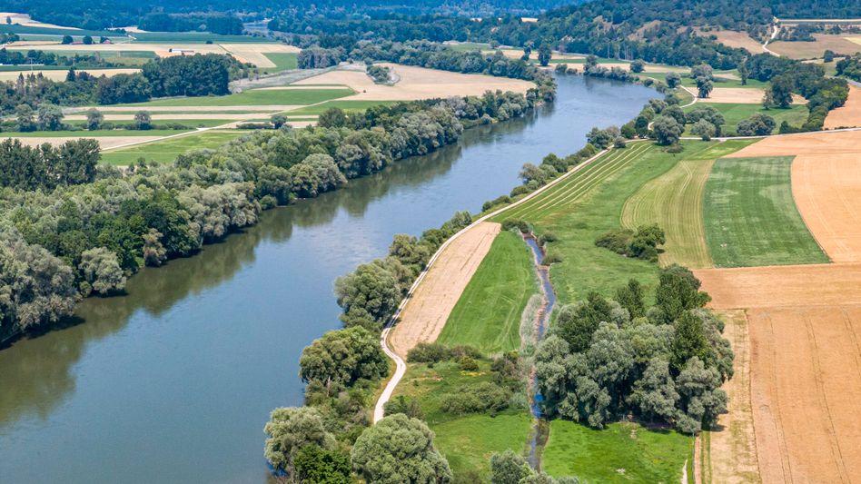 Donau im Landkreis Kelheim in Niederbayern