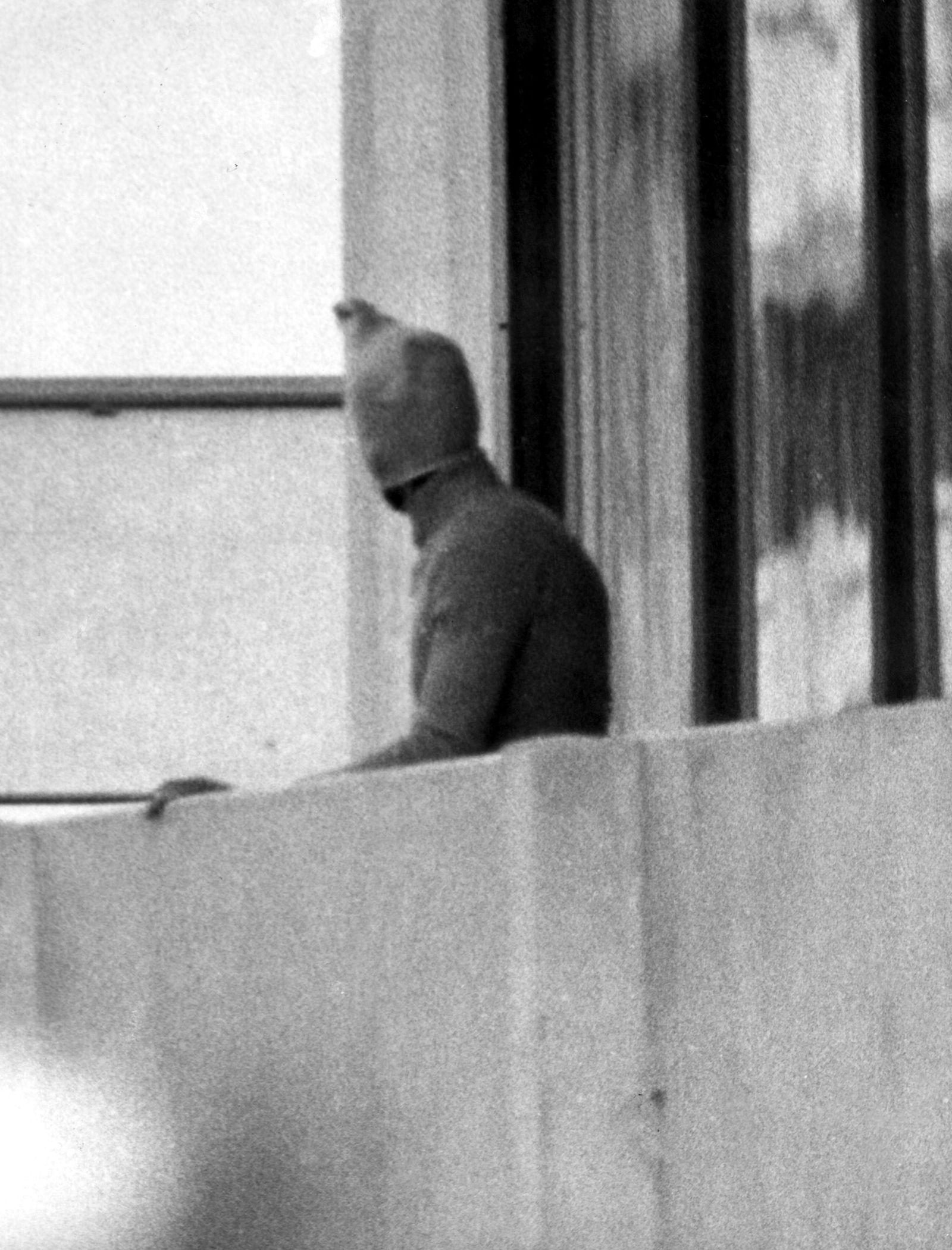 DER SPIEGEL 25/2012 pp 32 SPIN / Olympia-Attentat 1972
