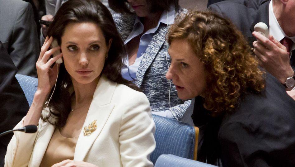 Uno-Sondergesandte für Flüchtlinge, Angelina Jolie (l.): Fehlende Hilfsbereitschaft der EU