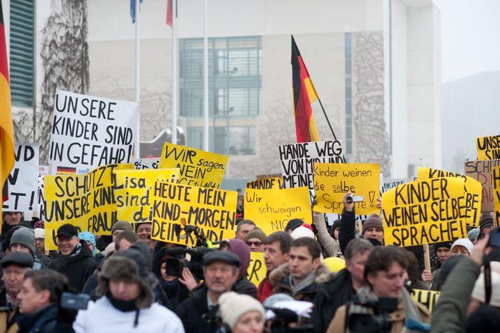 Demonstration gegen die angebliche Entführung einer 13-Jährigen in Berlin am 23.01.2016