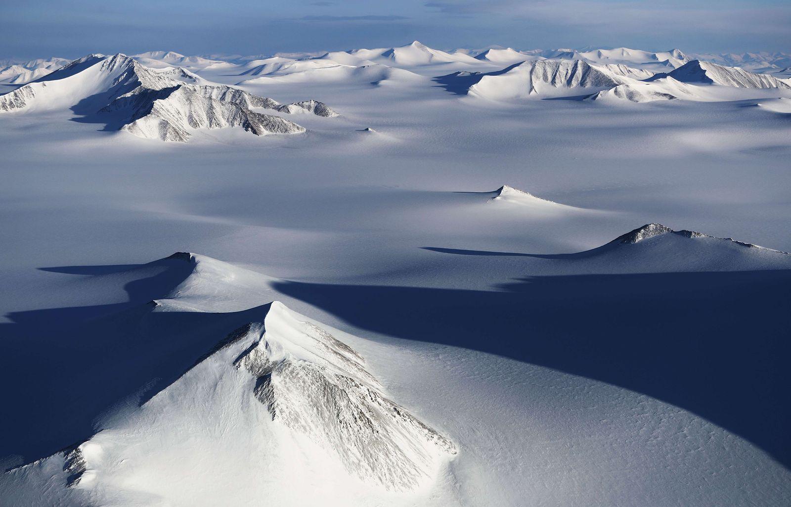 NASA / IceBride / Arktis / Kanada