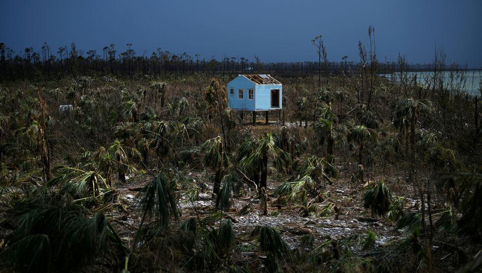 Vom Hurrikan zerstörtes Haus auf den Bahamas