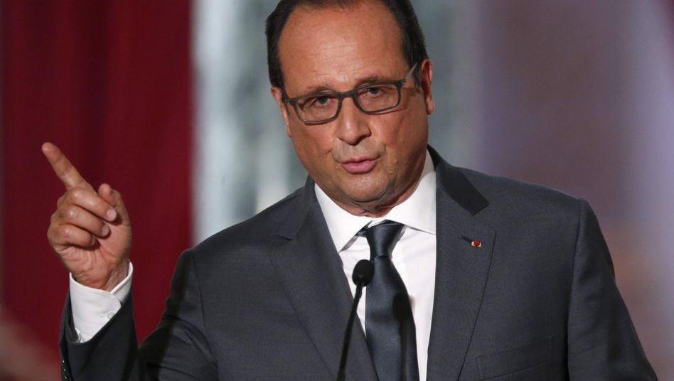"""Staatspräsident Hollande: """"Zu Schlägen bereit"""""""