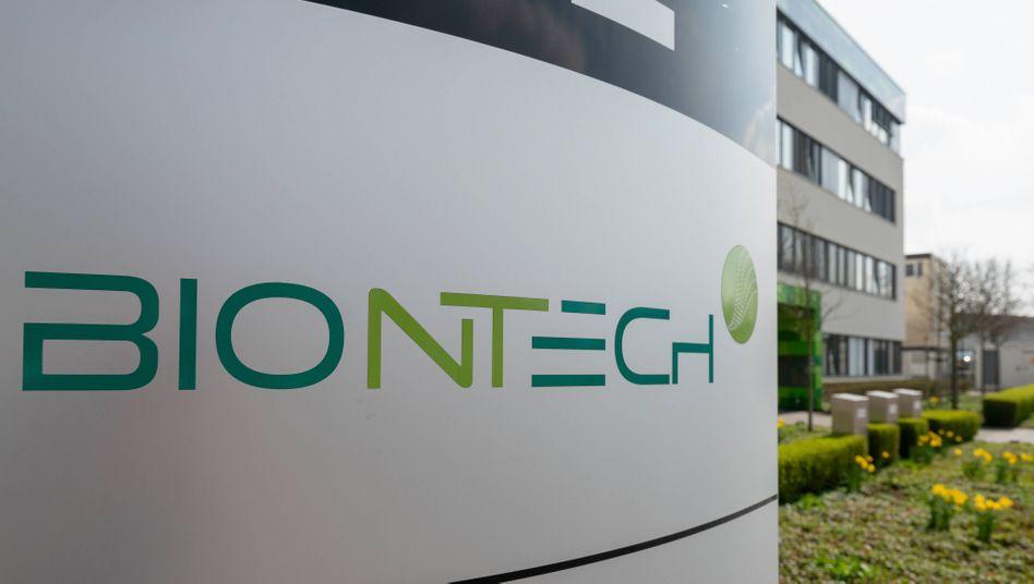 Biontech-Zentrale in Mainz: Viermal so viele Dosen wie im ersten Quartal