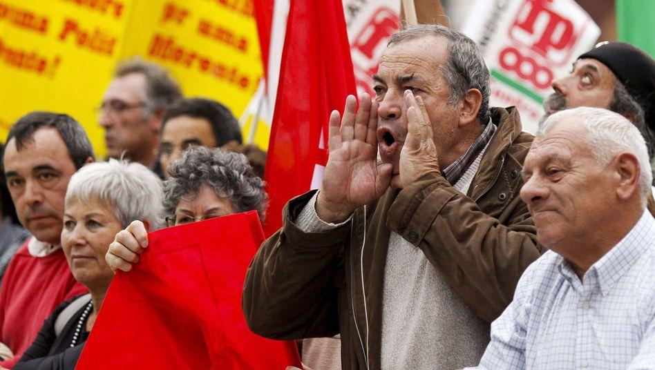 Protestierende in Lissabon: Wut über strikten Sparplan