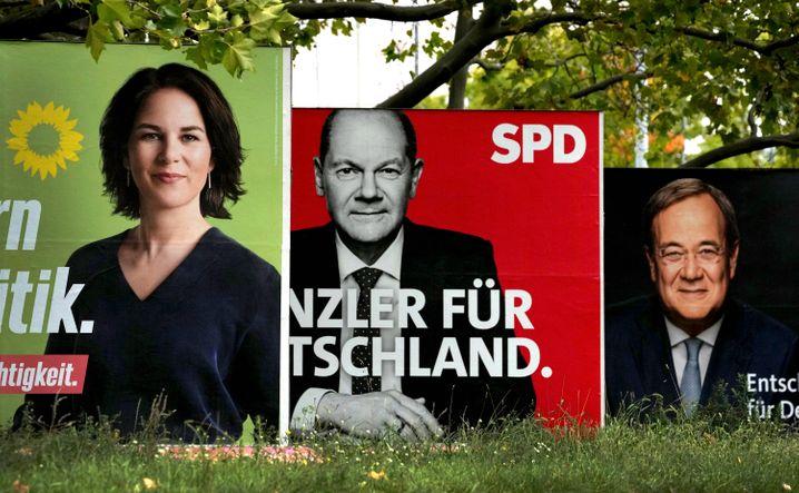 Wahlplakate der drei Kanzlerkandidaten in Berlin