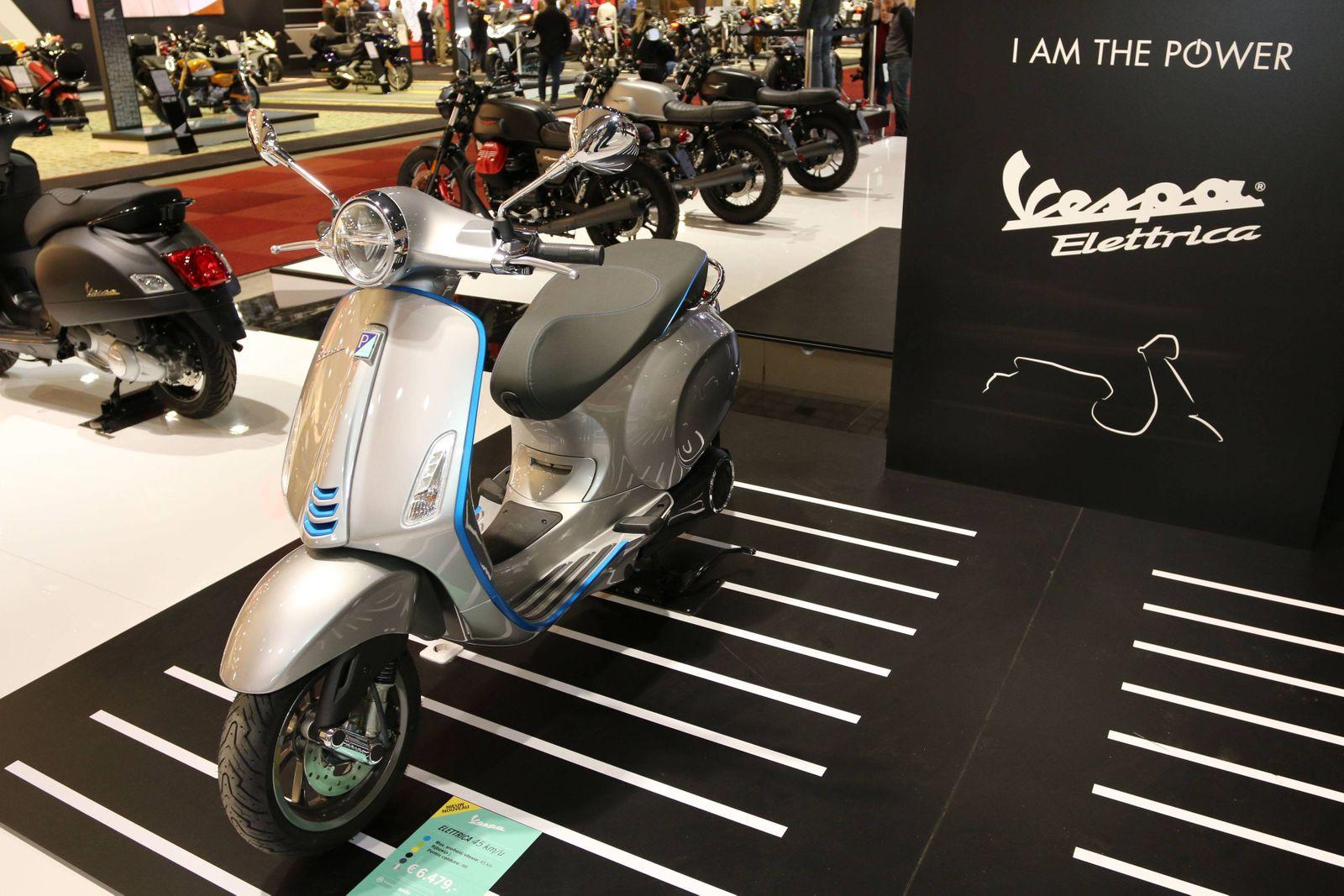 Piaggio Vespa Elettrica Elektro Motorroller 97 European Motor Show Brussels Salon Auto Moto Van