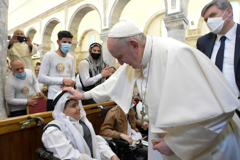 Papst Franziskus am Sonntag in Karakosch: Kraftquelle und Hoffnungsspender