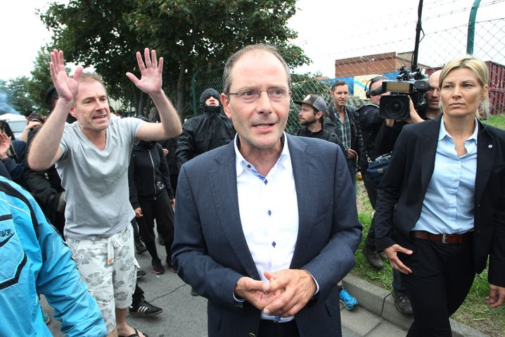 Sachsens Innenminister Ulbig in Heidenau