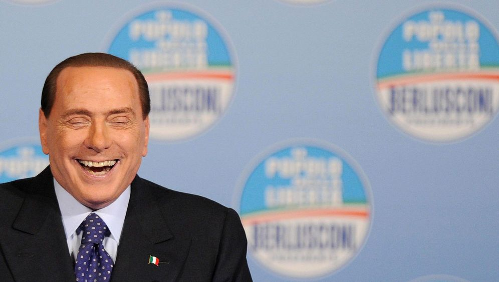 Silvio Berlusconi: Ewiger Schwerenöter
