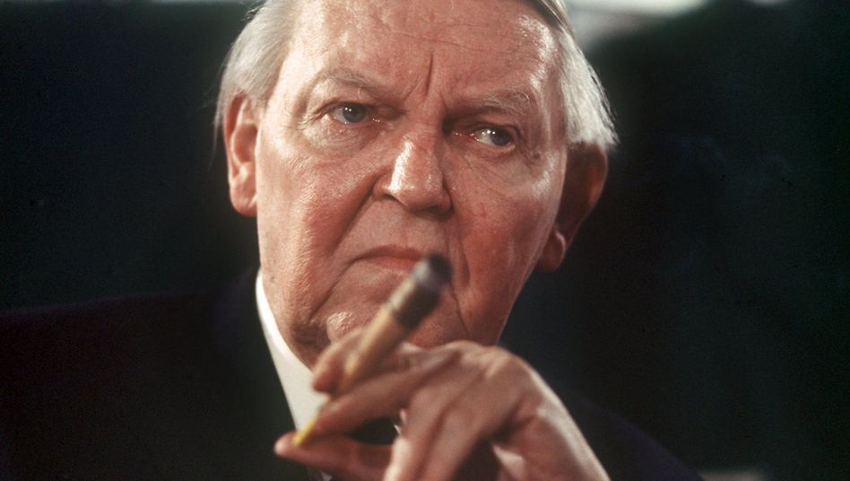 """Ludwig Erhard, der """"Vater des deutschen Wirtschaftswunders"""""""