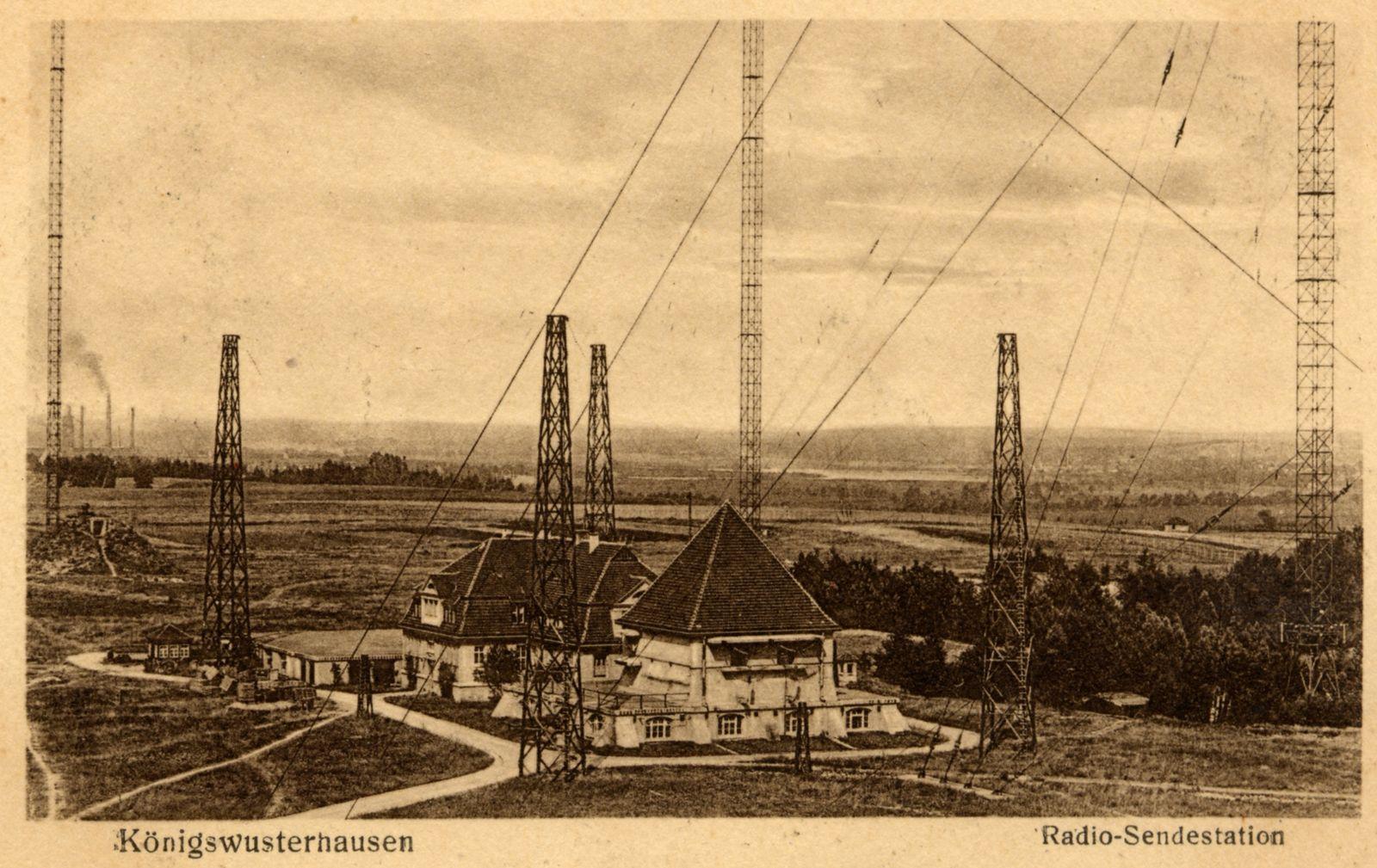 004_Senderhaus1_Postkarte_1920