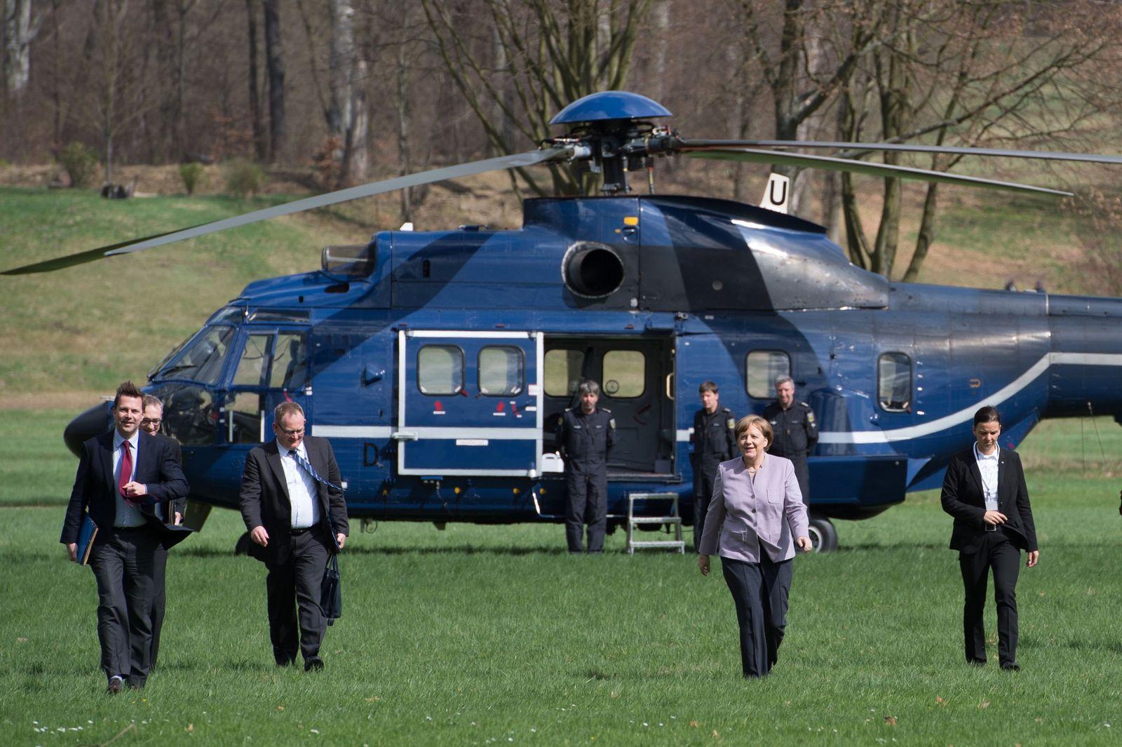 Angela Merkel / Helikopter