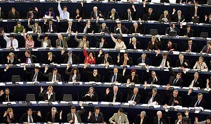 The EU expansion vote in the European Parliament in Strasbourg: Fears of Romanian and Bulgarian membership in the EU have been glossed over.