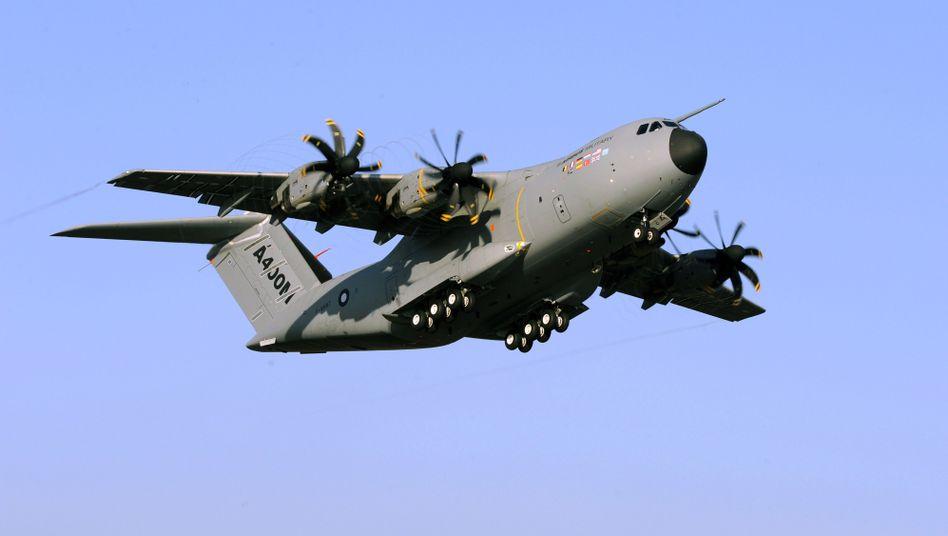 Premiere in Sevilla: Militär-Airbus kann fliegen