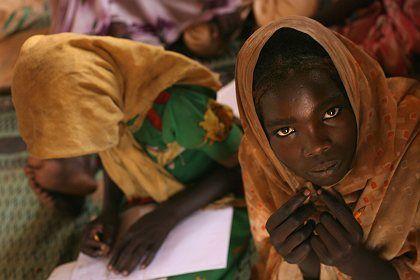 Vertrieben aus Darfur: Ein sudanesisches Kind in einem Flüchtlingscamp in Djabal (Tschad)