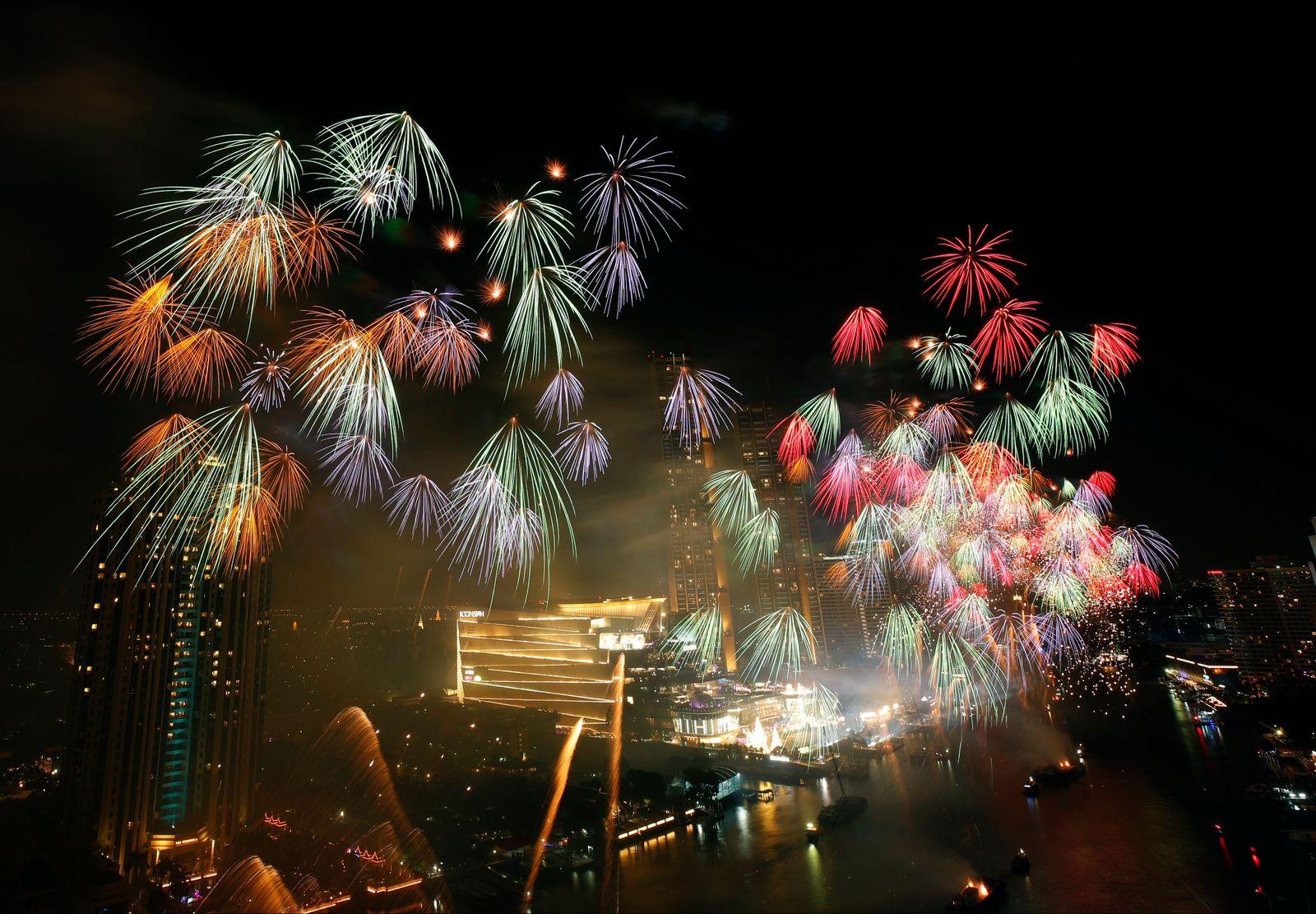 Thailand New Year countdown celebrations amid the COVID-19, Bangkok - 01 Jan 2021