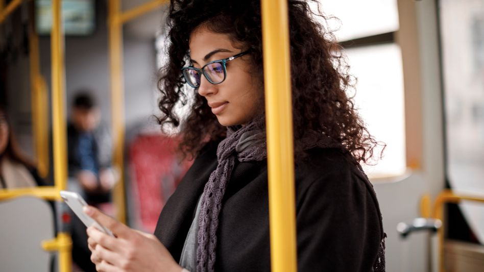 Ein Klick und los: Apps ersetzen Automaten im Nahverkehr