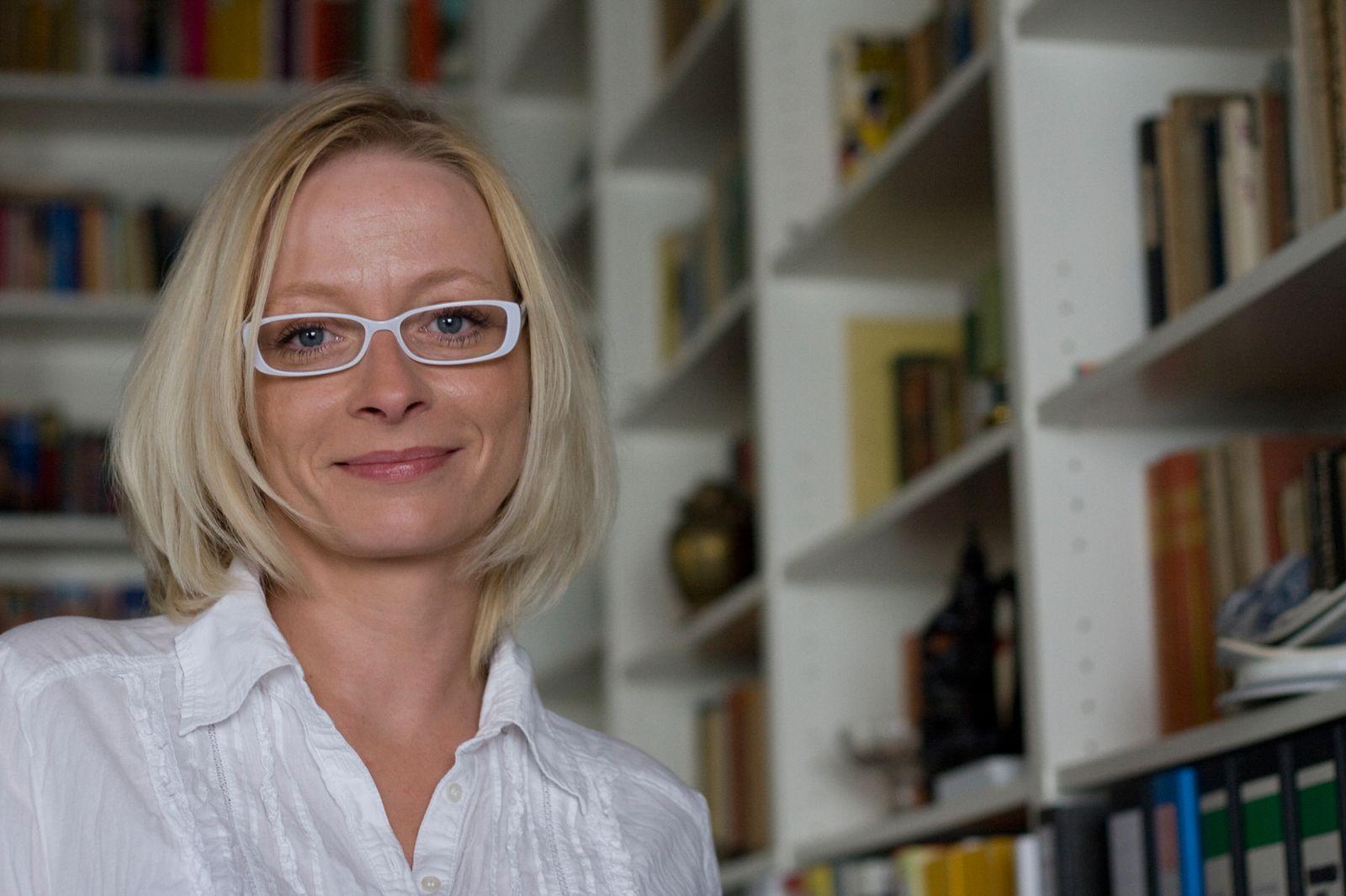 EINMALIGE VERWENDUNG Mandy Kopp